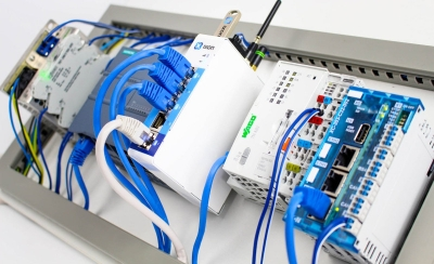 Diferentes tipos de Routers y Gateways de PLC